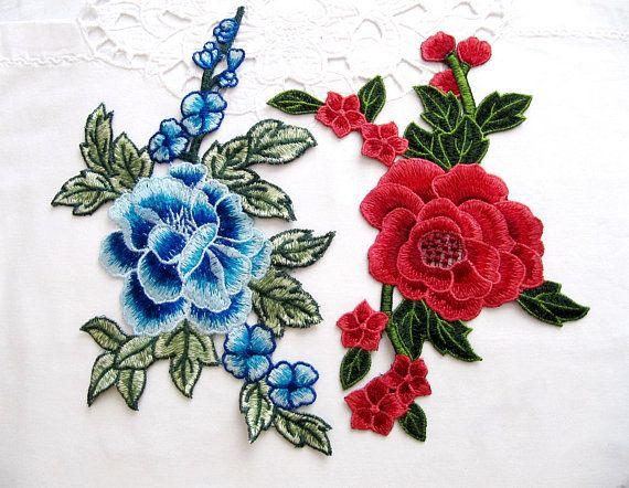 Remiendo de la flor azul de Norcia Applique de la flor roja