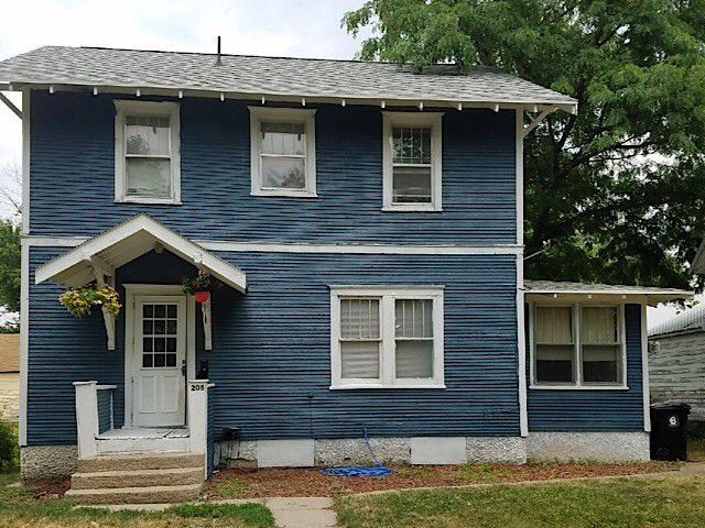 205 N Madison St Atkinson Ne 68713 Little Dream Home Little Houses Building A House