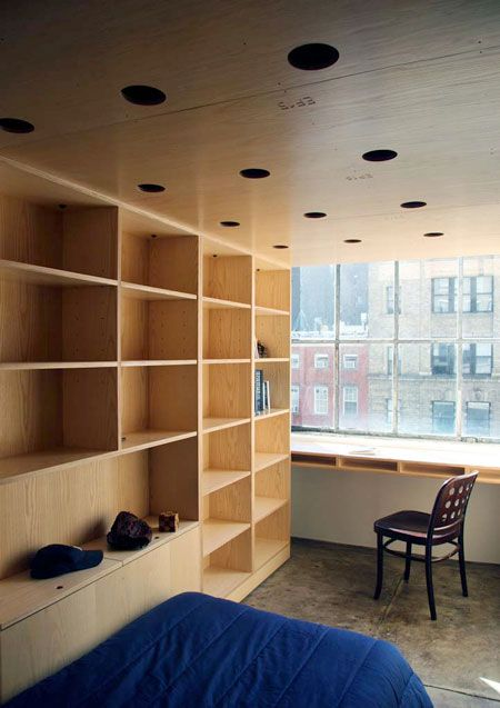 Elegant URBIA Furniture System by OBRA Architects Begehbarer Kleiderschrank