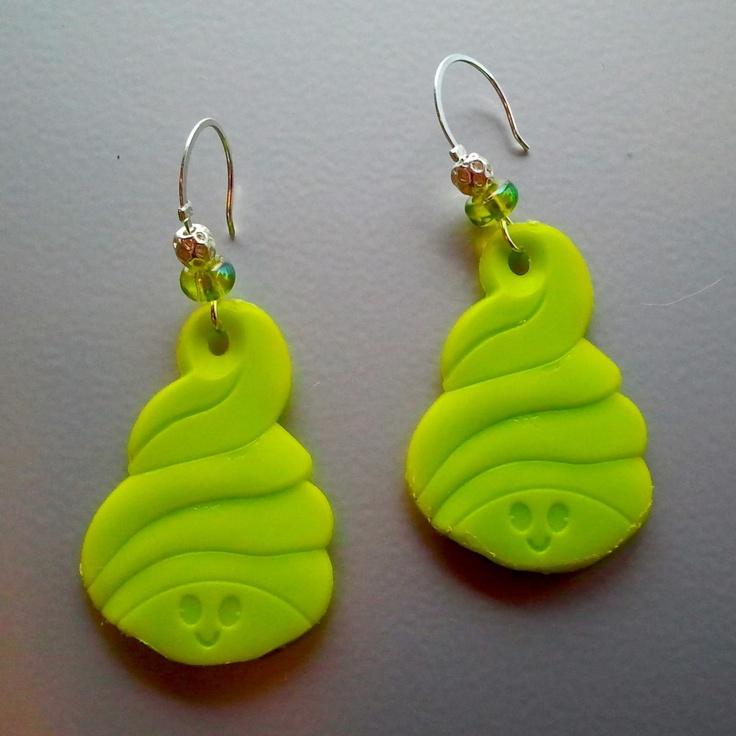 Menchie's Frozen Yogurt creative earrings