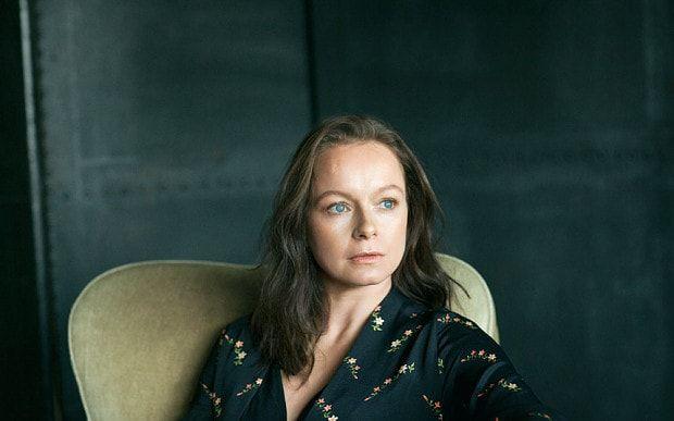 Samantha Morton - Ella interpretaba el papel de Agatha en Minority Report; en años recientes ha trabajado en películas como Cosmópolis, John Carter y Animales fantásticos y dónde encontrarlos,el cual es un derivado de la historia de Harry Potter.