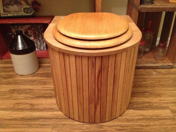 Oak Composting Toilet (aesthetically correct but looks a little tipsy?)