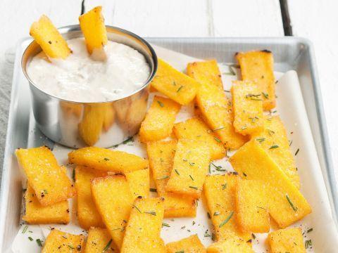 crostini-di-polenta-con-salsa-al-gorgonzola