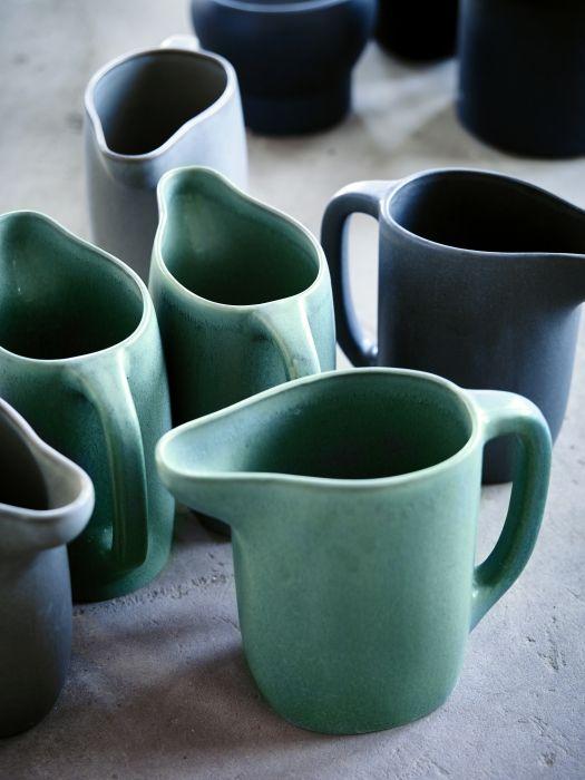 Le forme morbide e armoniose della nuova collezione #SINNERLIG conferiscono calore alla casa.