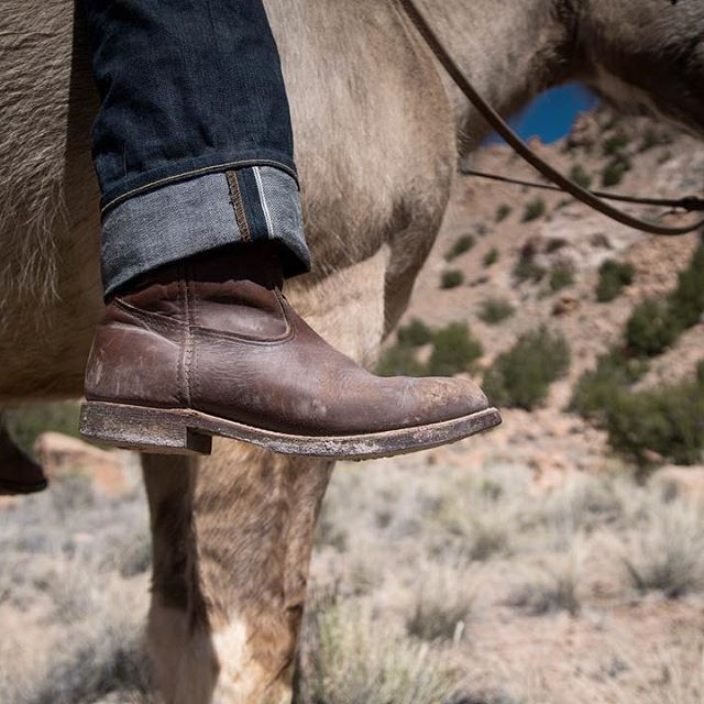 The renowned Red Wing durability worked as well on the ranches of the Southwest as they did the farms and fields of Minnesota. Seen here in Brown Boomer leather, the Pecos is a western  boot with Minnesota modesty. #redwingheritage