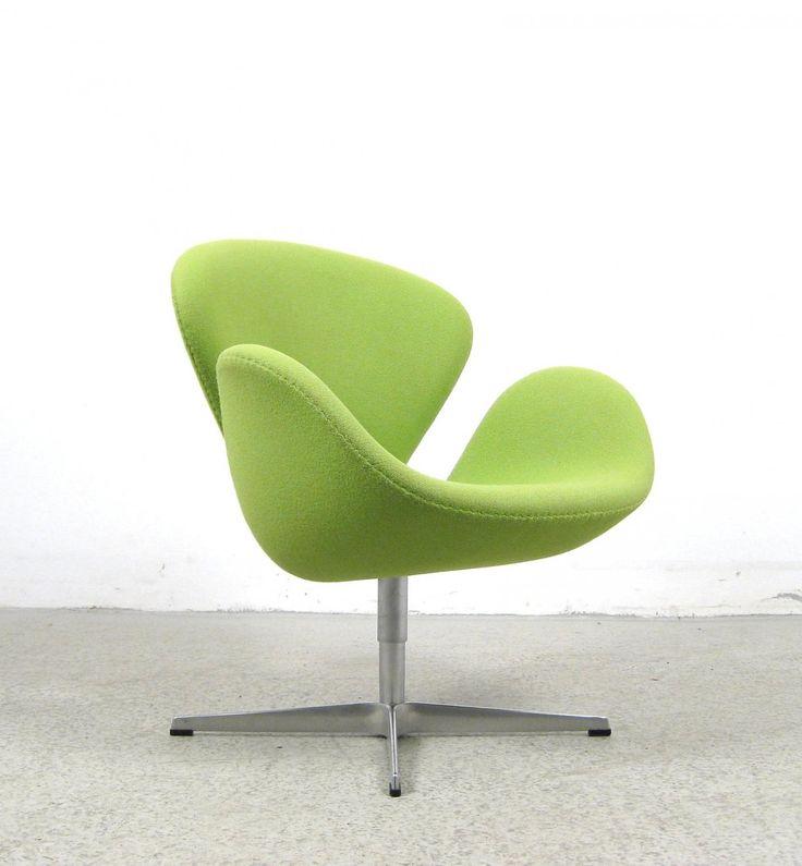 AreaNeo | Arne Jacobsen chair Swan 3320 for Fritz Hansen 1958