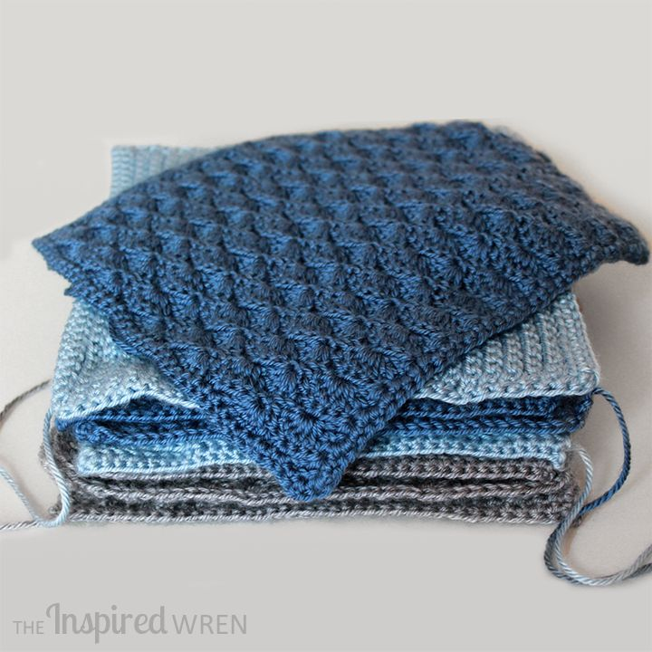 Solid Scallop: Square 5 (May) of the 2015 Afghan Sampler -- Crochet along and have a finished blanket at the end of the year! | The Inspired Wren