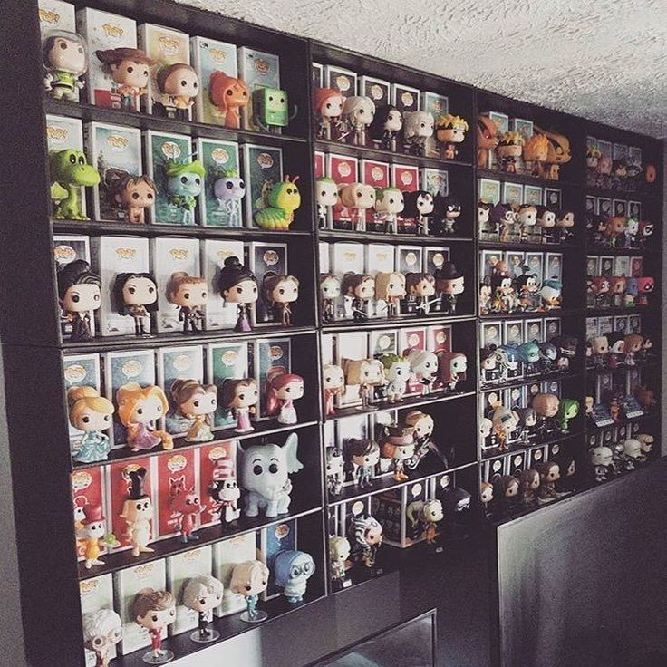Running out of room for your Funko Pops? We can fix it! 21 in. high x 21 in. wide x 7.5 in. deep. Stackable for the serious collector. Easy to put together, like a comic book box. Made in San Diego, California U.S.A.