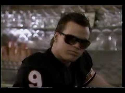 """Chicago Bears Super Bowl Coke Commercial. Jim McMahon and """"Refrigerator"""" Perry Suck Down Coke This gem aired in the midst of Superbowl madness, and while the drug innuendos are flying, the only Coke these two NFL stars were enjoying was canned — the Classic formula included."""