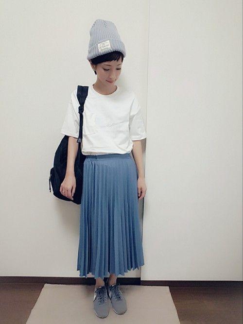 いつも見て下さってありがとうございます😊 プリーツスカートが無性に履きたくなって履きました😁✨