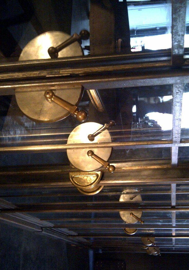design möbel sale bewährte bild oder cfbdeacbbfabaecbd display cabinets for sale loft furniture
