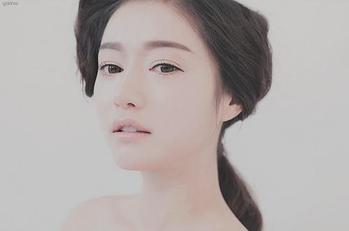 Gorgeous natural Korean makeup