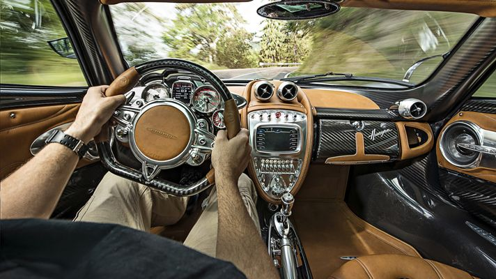 The Pagani Huayra , interior.