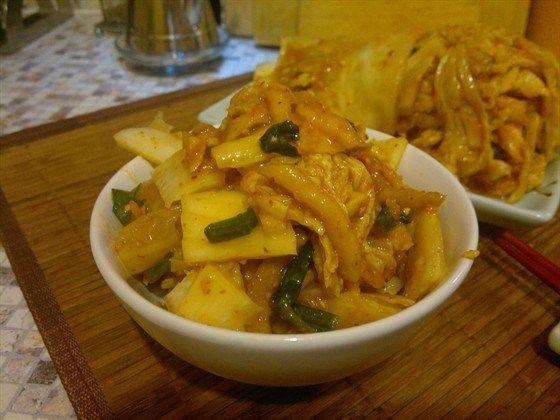 Кимчи (острая корейская закуска из капусты)