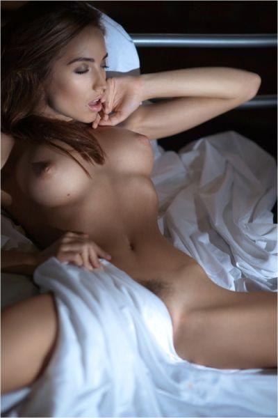 Photo sexy du 29 mars 2016 de Bonjour La Bombe - Chaque jour, dites bonjour à de nombreuses femmes sexy !