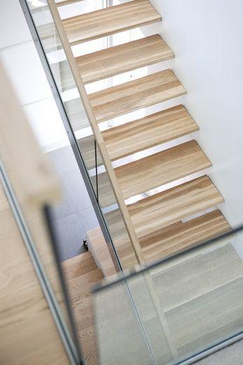 Valoisa portaikko, lisää ideoita www.lammi-kivitalot.fi