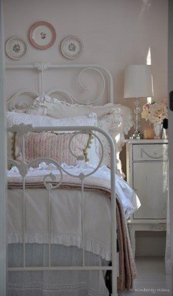 Shabby chic - http://ideasforho.me/shabby-chic-89/ -  #home decor #design #home decor ideas #living room #bedroom #kitchen #bathroom #interior ideas