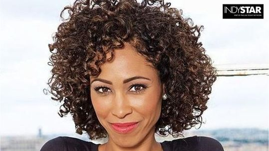 ESPN anchor Sage Steele's Facebook post on embracing diversity leads to a quick and strong reaction on Twitter. #BedwenchProblems