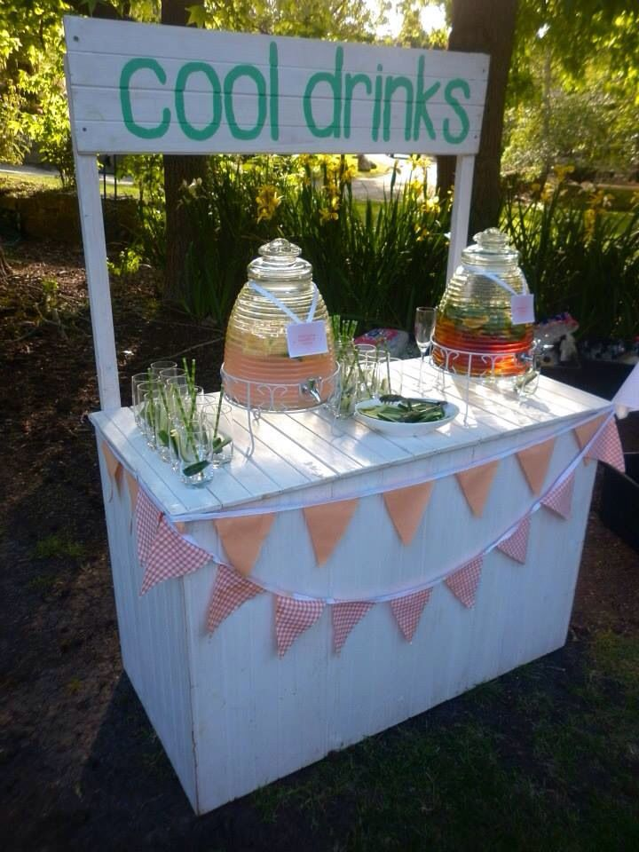 Cool drinks stand vintage rustic styling winery for Cool lemonade stand ideas