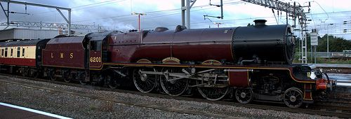 6201: PRINCESS ELIZABETH at Stockport Station 2009. Photo by Andrew Page