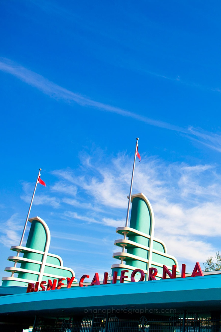 #12 on the NDP Disney Parks Summer Bucket List - Take pictures at all 4 parks icons - Disney California Adventure