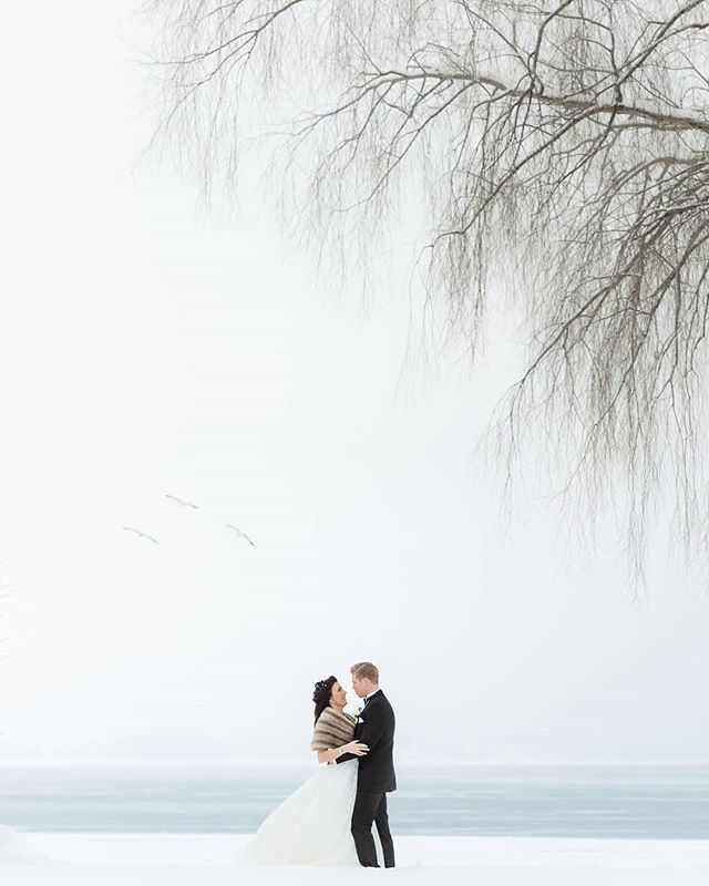 Winter wedding in white.  #winterwedding #wedding #winter #sweden #visitsweden