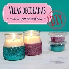 Cómo hacer unas velas decoradas con purpurina. Aprende paso a paso con este tutorial cómo hacer velas decoradas con purpurina, unas velas súper vistosas.