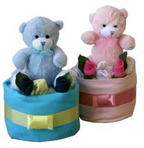 Single Tier Baby Cake Gift | http://www.flyingflowers.co.nz/new-baby-gifts