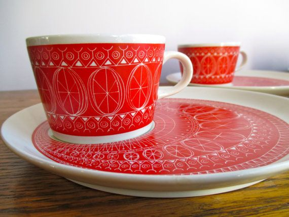 """Vintage Red """"Katie"""" Kaj Franck for Arabia of Finland Cups and Plates Set of Six"""