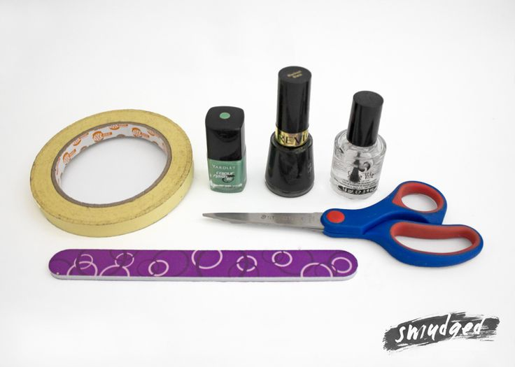 http://smudgedbeauty.co.za/2013/08/20/nails-did-the-simplest-of-nail-arts/
