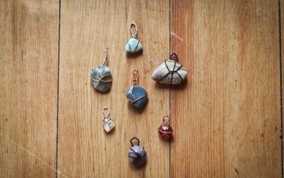 Gemas y cuarzos: ¿Cuál es tu piedra según tu signo? - Descubre la piedra que necesitas según tu signo del horóscopo para equilibrar tus energías. ¡Pronto querrás ir a por tu cuarzo!
