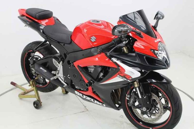 Used 2007 Suzuki GSX-R 600 Motorcycles For Sale in Illinois,IL. 2007 Suzuki GSX-R 600, MICRON EXHAUST!!!!!<br> <br> FRAME SLIDERS!!!!!<br> <br> TINTED WINDSCREEN!!!!!<br> <br> FENDER ELIMINATOR!!!!!<br> <br> GREAT COLOR COMBO!!!!!<br> <br> UPGRADED GRIPS!!!! <br /> <br /> A racer replica that delivers ´the outstanding power-to-weight ratio, powerband and throttle response´. A sportbike that also establishes the 600cc state-of-the-art in terms of throttle response, suspension performance…