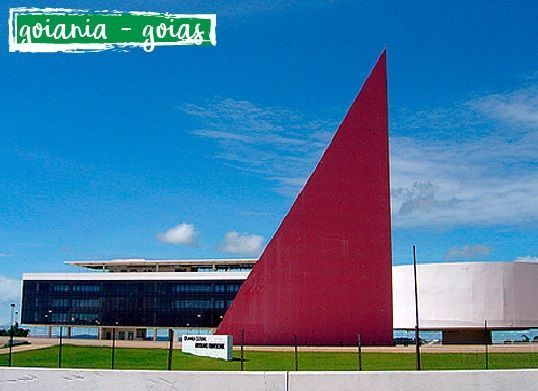 Centro Cultural (Biblioteca) de Goiania - essa obra foi mais uma do arquiteto Oscar Niemeyer.  #engenharia #arquitetura #cursoparaarquiteta#cursoparaengenheiro #cursoautocad#cursorevit #sketchup #goiania #goias #brasil