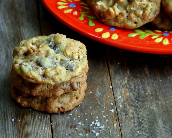 Dark Chocolate-Sea Salt Kashi Cereal Cookies - The perfect cookie with a little bit of healthy from NoblePig.com.