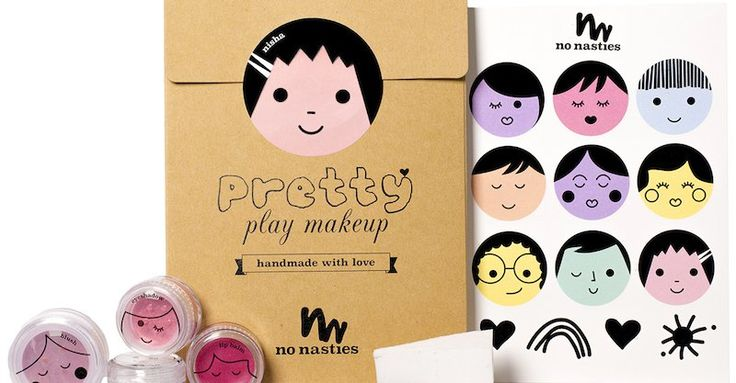 Sometimes mums are faced with things that don't work for them. I always love it when instead of freaking out they look for solutions. When Natalia, the founder of No Nasties Makeup, saw the list of ingredients on a pack of play makeup her child