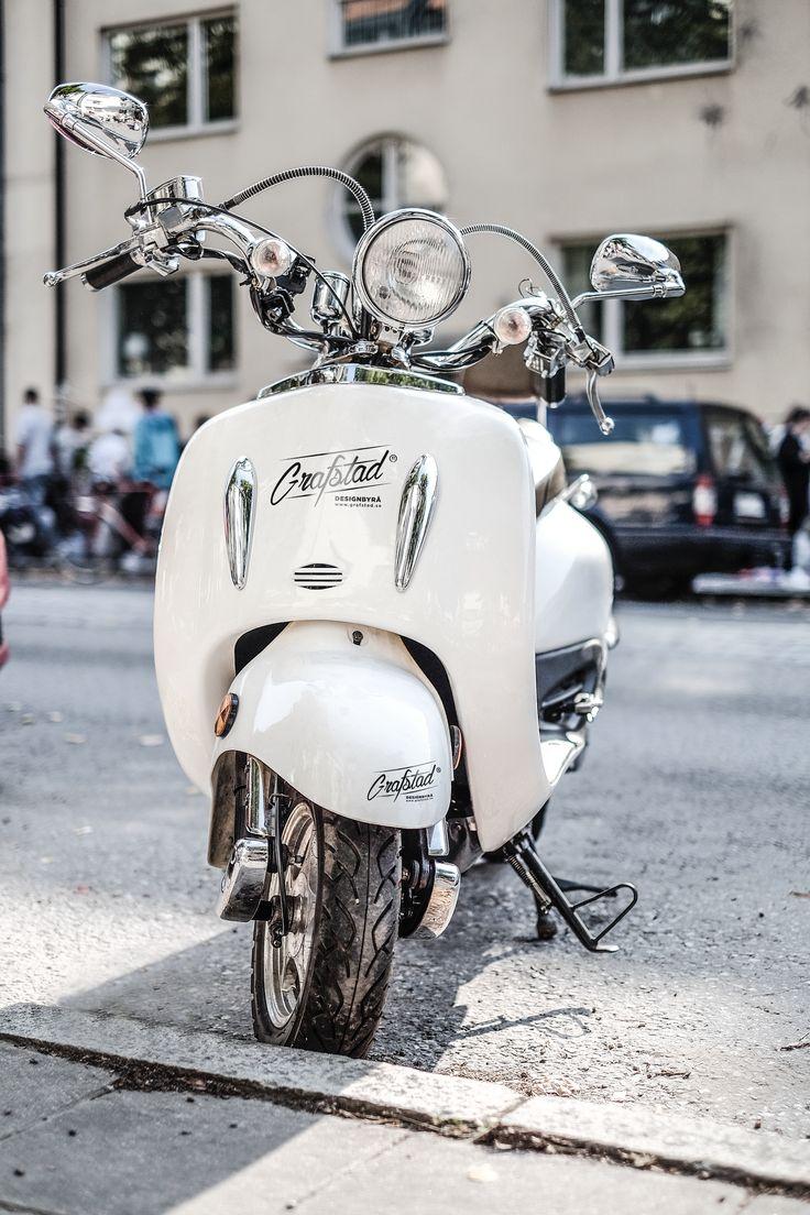 Vintage vespa! #logo #vespa #typography #white #bike #motor