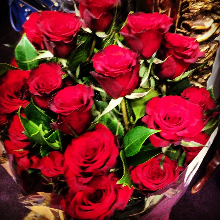 valentines day roses woolworths