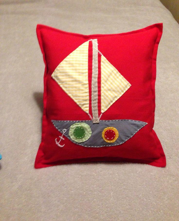 #Yelkenli #kırlent #handmade #elyapımı #tasarım #özel #red #kırmızı