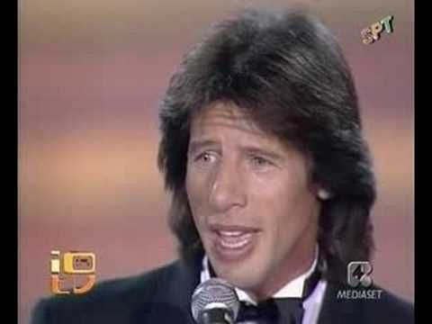 De amor ya no se muere! Gianni Bella (con Letra) - YouTube