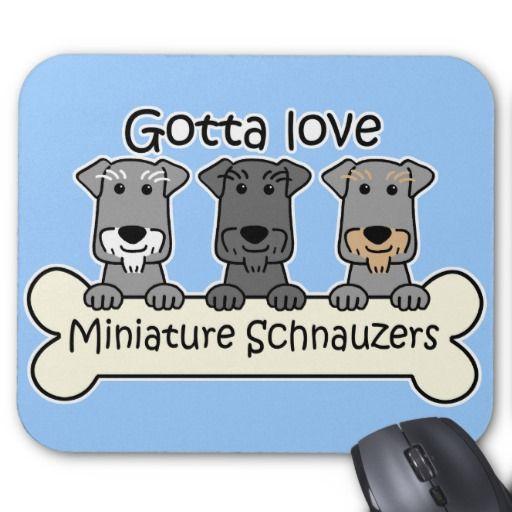 ¿Es usted un dueño del Schnauzer miniatura? Este arte único del Schnauzer miniatura ofrece un dibujo animado sonriente del Schnauzer miniatura. Nuestras camisetas y regalos del Schnauzer miniatura son perfectos para los amantes del perro. ¡Lleve una camiseta del Schnauzer miniatura, pegue los imanes del Schnauzer miniatura en el refrigerador, lleve una bolsa de asas del Schnauzer miniatura, o beba de una taza del Schnauzer miniatura! ¡Nuestros dibujos animados del perro son muy populares…
