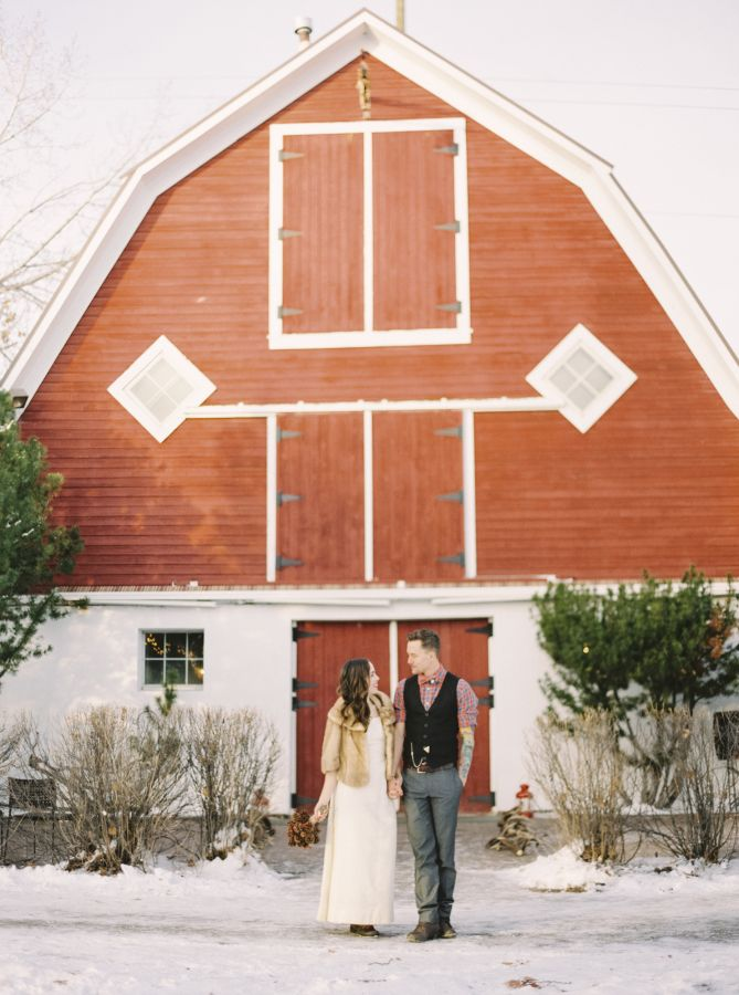 Holiday rustic barn wedding: http://www.stylemepretty.com/2015/12/14/holiday-rustic-barn-wedding-in-alberta/ | Photography: Justine Milton - http://www.milton-photography.com/