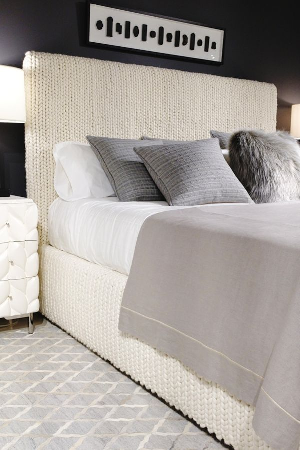 Bed frame made out of a cream moroccan rug looks like a sweater #bedroomhomedecor #bedroomideas