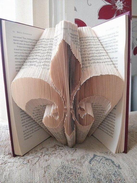Book Folding Pattern for Fleur De Lis by BookFoldingForever