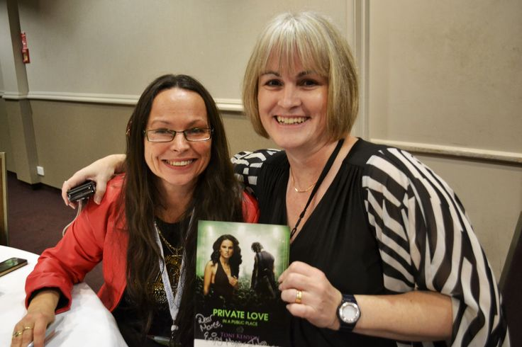#RWNZ2014 Book signing event: Toni Kenyon and Maree Anderson