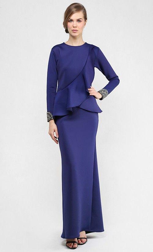 Baju Kurung : Her Majesty Modern Kurung Set in Navy Blue