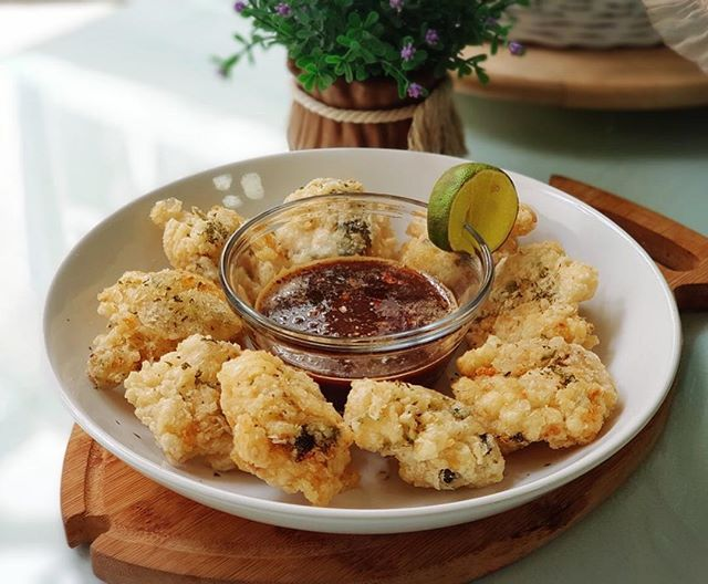 Cara Membuat Cireng Crispy Bumbu Rujak Khas Cireng Salju Bandung Resep Masakan Indonesia Fotografi Makanan Resep Masakan