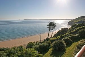 Carbis beach apartments are practically on the beach and have a private footpath down to Carbis Bay, #StIves.  What a view. #holidays #selfcatering
