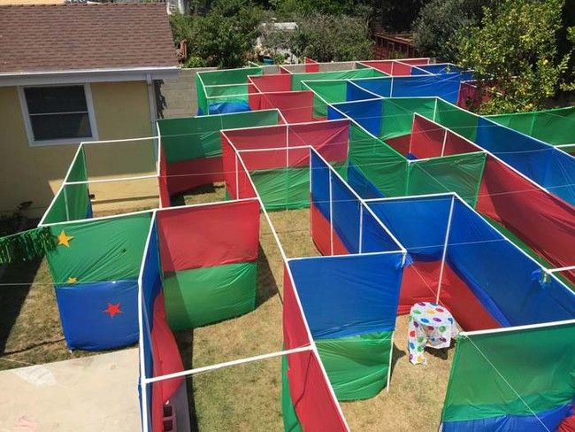 backyard maze....made from PVC pipe and dollar store table cloths...looks like a good time!