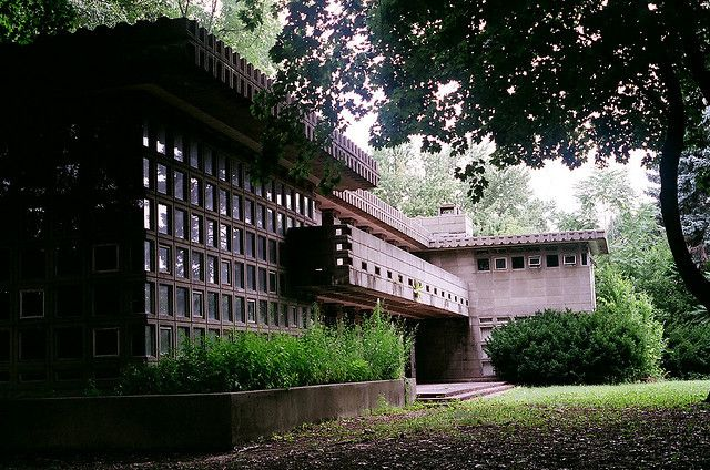 Image 6 of 6 from gallery of Frank Lloyd Wright's Turkel House Gets a Second Life. © Flickr: The Javelina. Used under <a href='https://creativecommons.org/licenses/by-sa/2.0/'>Creative Commons</a>