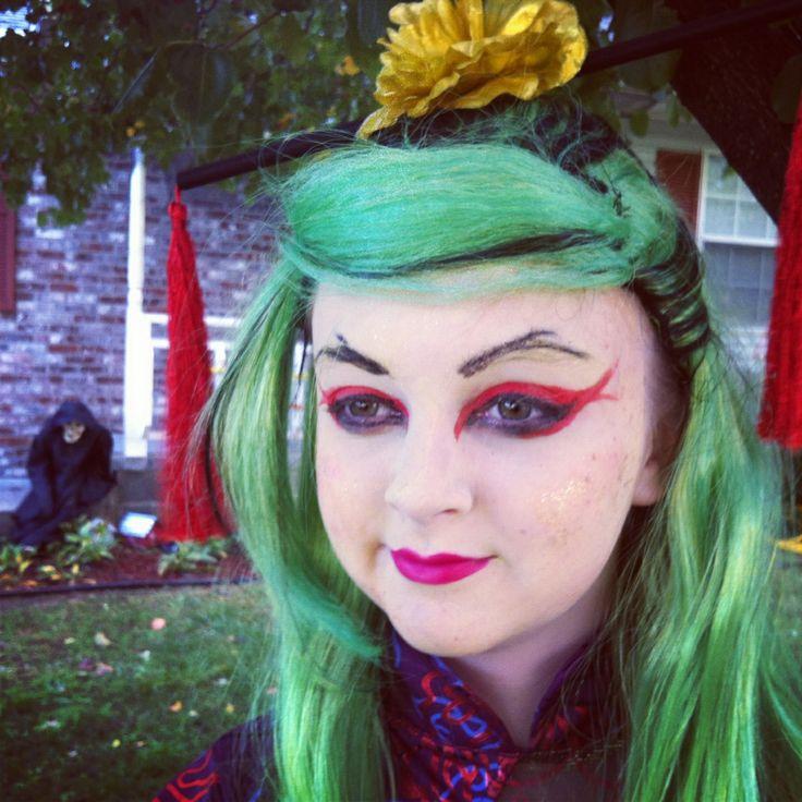 Jinifire Long Halloween makeup!!
